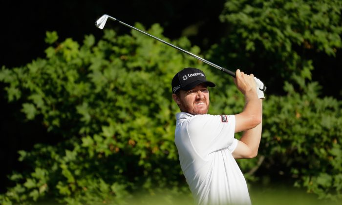 Jimmy Walker plays his shot from the third tee during the first round of the 2016 PGA Championship at Baltusrol Golf Club. Andy Lyons/Getty Images)