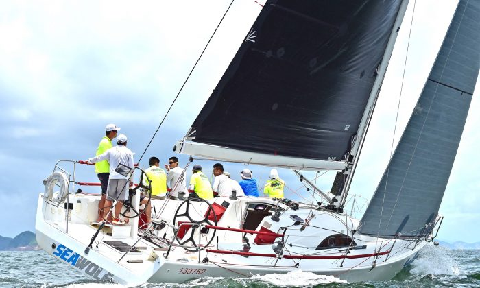 'Seawolf' leader of the IRC-B division in action during Day 3 of the Hebe Haven Typhoon Series 2016. (Bill Cox/Epoch Times)