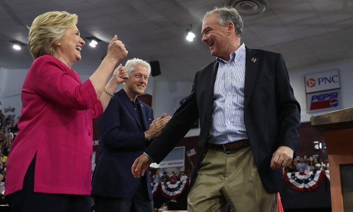 (L-R) Democratic presidential nominee former Secretary of State Hillary Clinton, former U.S. president Bill Clinton, and democratic vice presidential nominee U.S. Sen. Tim Kaine (D-VA) during a campaign rally at Temple University in Philadelphia, Pennsylvania on July 29, 2016. (Justin Sullivan/Getty Images)