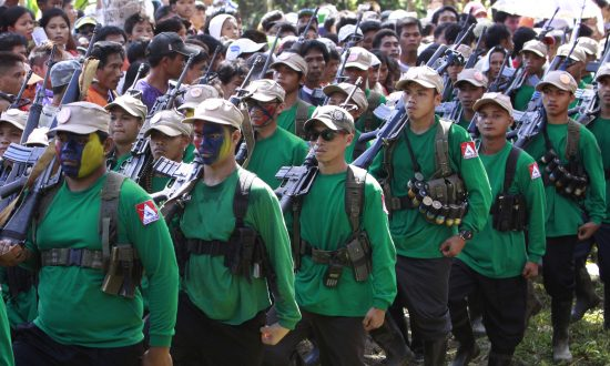 Philippine Troops, Rebels Hold Fire Ahead of Peace Talks