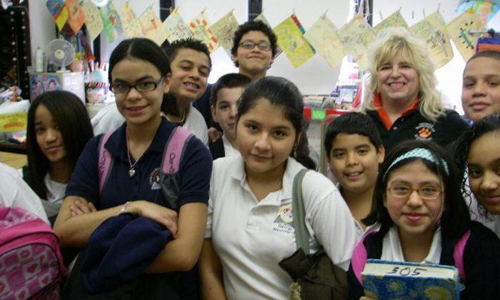 Students with their teacher at a character education presentation by Vincent J. Bove at Union City Public Schools, N.J., on Feb. 27, 2009. (Vincent J. Bove)