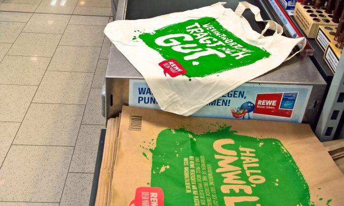 EU Ban on Plastic Bags Making Impact