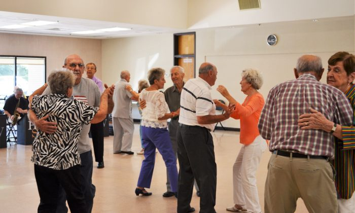 Couples take to the floor at the Wallkill Community Center's Tuesday afternoon dance in Wallkill on Aug. 30, 2016. (Yvonne Marcotte/Epoch Times)