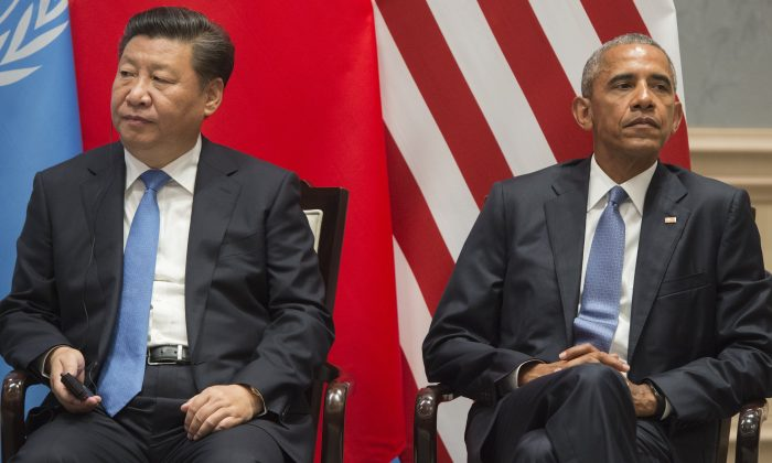 President Barack Obama and Chinese leader Xi Jinping during the Paris Climate deal at the G20 Leaders Summit  in Hangzhou, China, on Sept. 3, 2016. (SAUL LOEB/AFP/Getty Images)