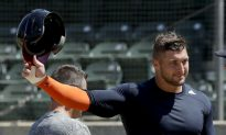 Tim Tebow Signs Minor League Contract With the Mets