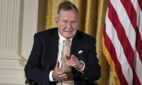 Daughter of Robert Kennedy Says H.W. Bush is Voting for Clinton