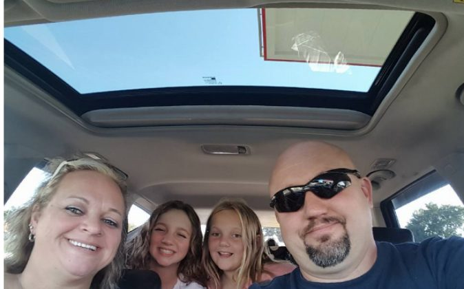 Missourian Sarah Moyer (L) and her husband Greg were killed in a car accident in Florida on Sept. 25. Their two girls remain hospitalized. (gofundme.com/4gregandsarah)