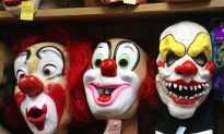 Clowns Threaten to Kill Chicago Elementary School Students