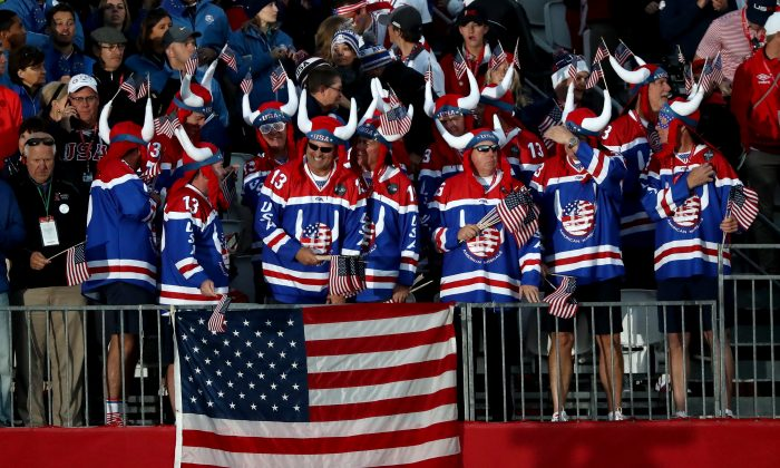 Fans of the United States prepare for tee off prior to the morning foursome matches of the 2016 Ryder Cup at Hazeltine National Golf Club in Chaska, Minnesota. (Sam Greenwood/Getty Images)