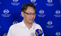 Listening to Shen Yun Symphony Orchestra, Taiwanese Orchestra Director Finds Himself Brought Back in Time