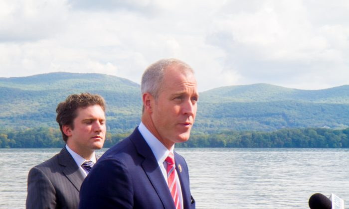 Rep. Sean Patrick Maloney at a press conference to announce his new legislation in Newburgh on Oct. 3, 2016. The legislation would prohibit vessels carrying flammable or hazardous materials from anchoring within five miles of sensitive sites on the Hudson River. (Holly Kellum/Epoch Times)