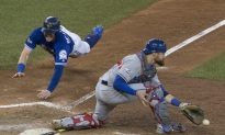 Donaldson Dashes Home, Blue Jays Beat Rangers to Win ALDS