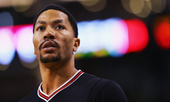 Derrick Rose in Boston, Massachusetts on Jan. 22, 2016. One of the two main investigators in Rose's rape case was was found shot dead on Oct. 11. (Maddie Meyer/Getty Images)