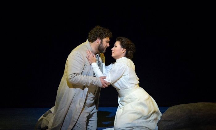 Bryan Hymel as Arnold and Marina Rebeka as Mathilde in Rossini's Guillaume Tell. (Marty Sohl/Metropolitan Opera.)