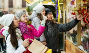 Family Vacations: A Guide to Souvenirs