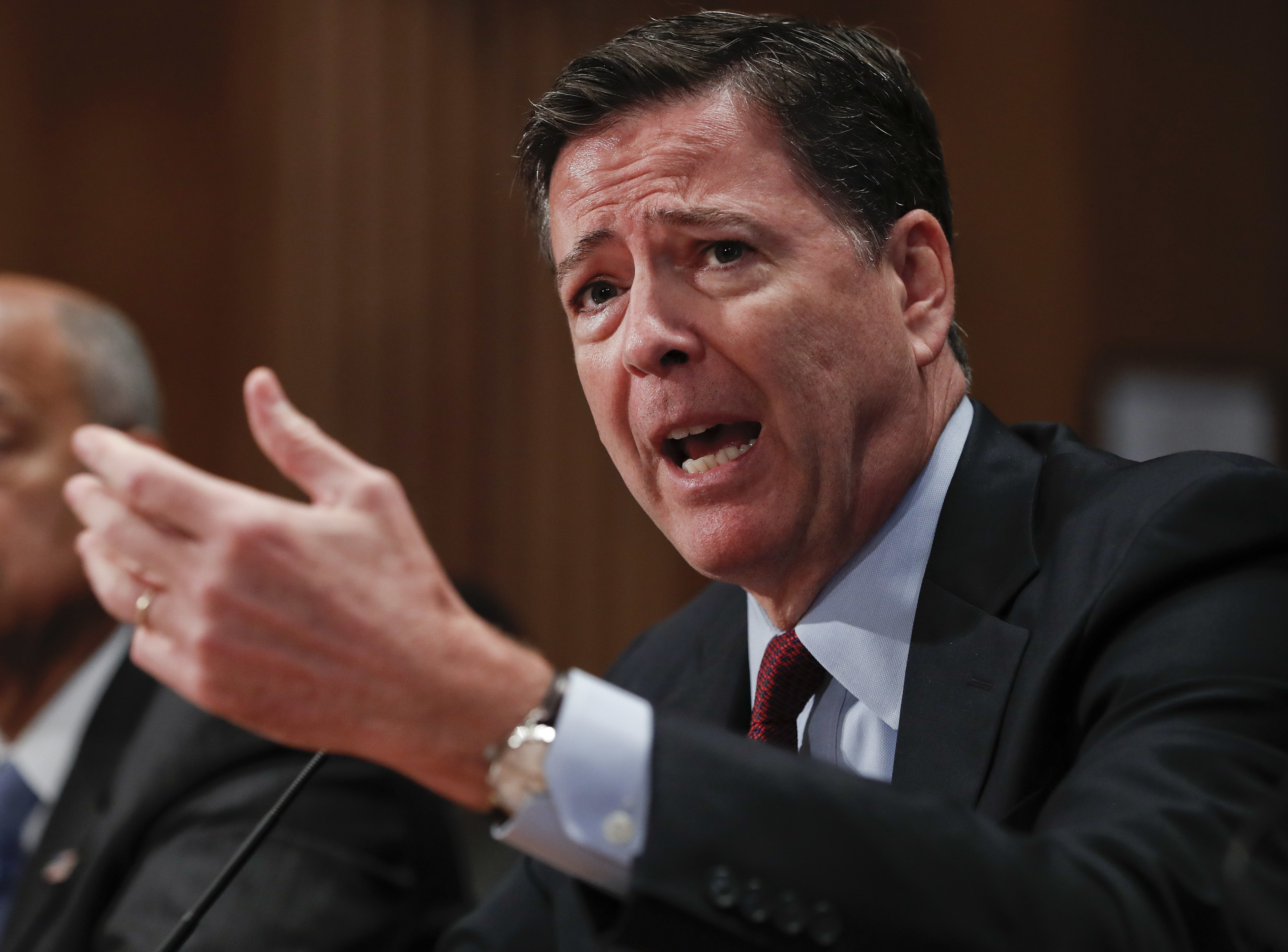 White House Says FBI Director Isn't Trying to Influence Election