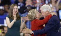 Report: Chelsea Clinton Considering Congress Bid