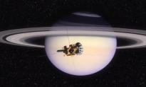 NASA Shares Stunning Image of Saturn's 'Watercolor' Swirls (Video)