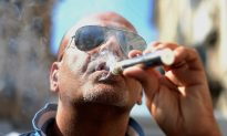 E-cigs Are as Bad for Teeth as Regular Cigarettes
