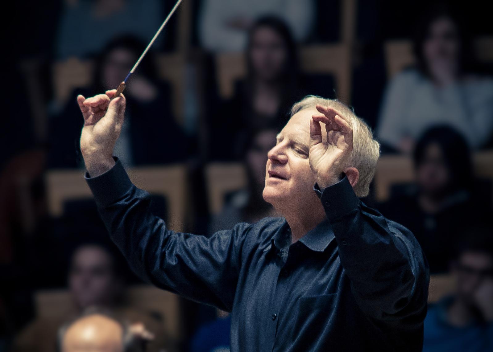 Leonard Slatkin Asks Musicians, Listeners to Reclaim Our Individuality