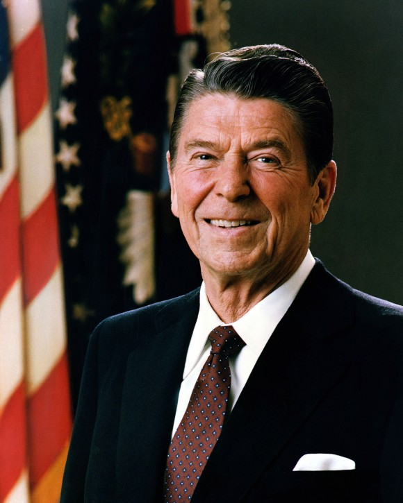 Ronald Reagan  (White House Press Office)