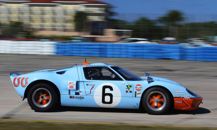 Mac McCombs competed the beautiful #6 1969/09 SPF GT40 in Gulf-Mirage livery at the HSR Classic 12 Hour at Sebring, Pistons and Props Dec. 1-4, 2016.. (Chris Jasurek/Epoch Times)