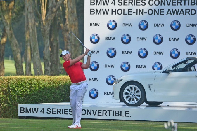Danny Willett of England plays off the 8th tee  in the UBS Hong Kong Open on Sunday Dec 11, 2016. (Eddie So)