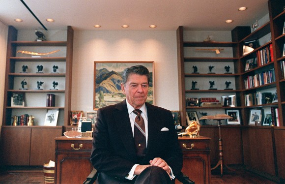 Former US President Ronald Reagan sits in his office in Century City, Calif. on Jun. 9, 1989. (CARLOS SCHIEBECK/AFP/Getty Images)