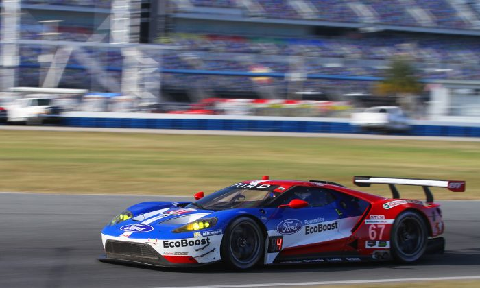 The Ford Chip Ganassi Racing Ford GTs proved to be the fasted of the GT Le Mans field at the IMSA WSC test at Daytona, Dec. 13–14. (Chris Jasurek/Epoch Times)