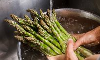Ring In The New Year With a Healthy Dose of Asparagus