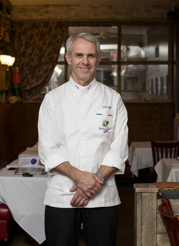 Chef Luc Holié. (Samira Bouaou/Epoch Times)