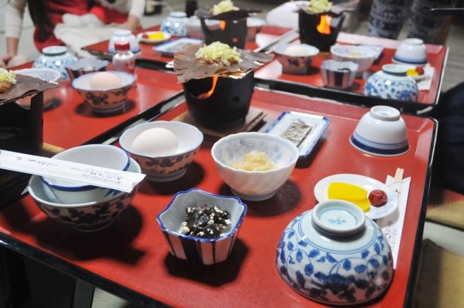Figure 4 Breakfast in a gassho-zukuri farm house is a feast for the eyes. (Sun Mingguo/Epoch Times)