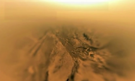 Here's What Surface of Titan Looks Like (Video)