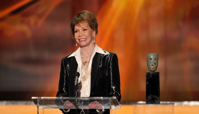 Actress Mary Tyler Moore accepts the Life Achievement Award onstage during the 18th Annual Screen Actors Guild Awards at The Shrine Auditorium on January 29, 2012 in Los Angeles, California.  (Photo by Kevin Winter/Getty Images)
