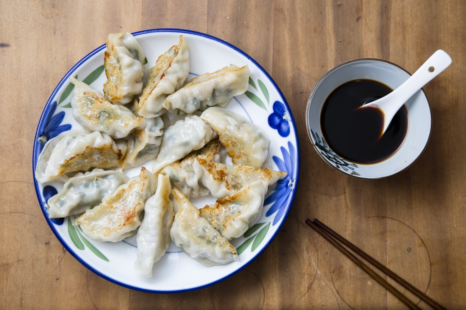 Fry your own dumplings at home—and skip the greasy, restaurant bought ones. (Samira Bouaou/Epoch Times)