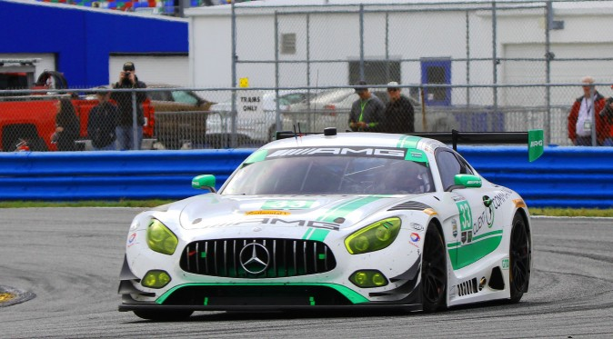 The #33 Riley Motorsports-Team AMG Mercedes leads GTD but there are many, many strong contenders. (Chris Jasurek/Epoch Times)