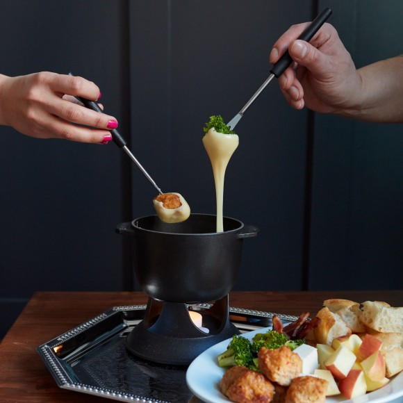 The fondue. (Courtesy of the Sidepiece)