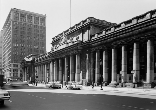 Penn Station, New York, 1962. (Library of Congress)