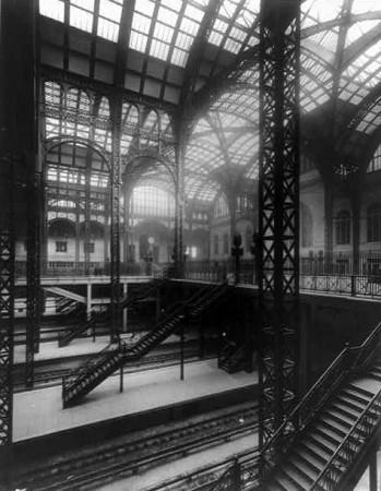 Penn Station, circa 1911, New York. (Library of Congress)