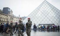 Louvre Museums Reopens; Egypt Identifies Machete Attacker
