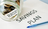 Be Wary of Incurring Debt to Invest in RRSP, Financial Experts Say