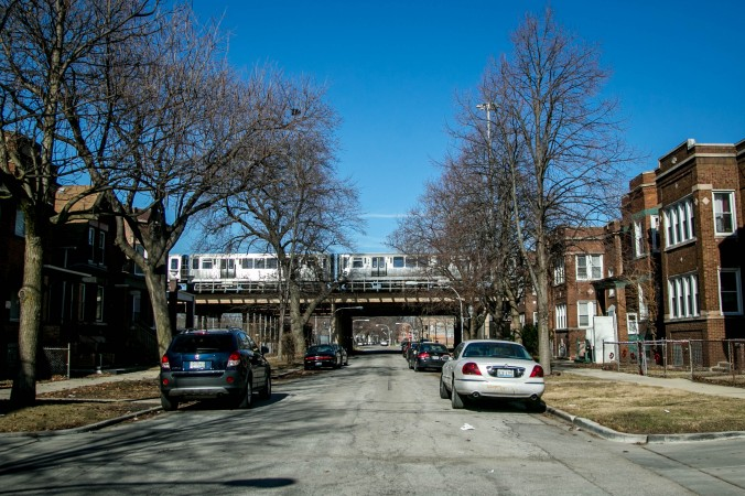 Homes in the Englewood neighborhood of Chicago, on Feb. 2, 2017. (Benjamin Chasteen/Epoch Times)