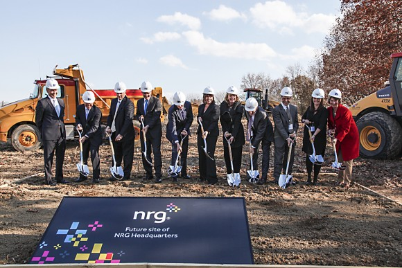 Groundbreaking ceremony for the Petra Nova project, the world's largest post-combustion carbon capture facility, located outside Houston, on Sept. 5, 2014. (Hoon Sohn/newscast)
