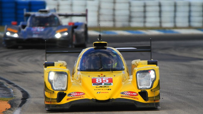 Stephen Simpson in the #85 JDC-Miller Oreca-Gibson was quickest of the LMP2 prototypes. (Chris Jasurek/Epoch Times)