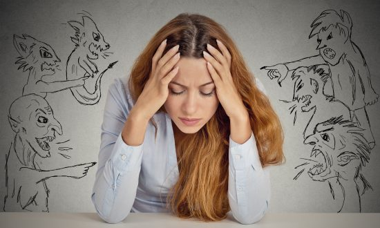 How to Live Peacefully With Negative Thoughts