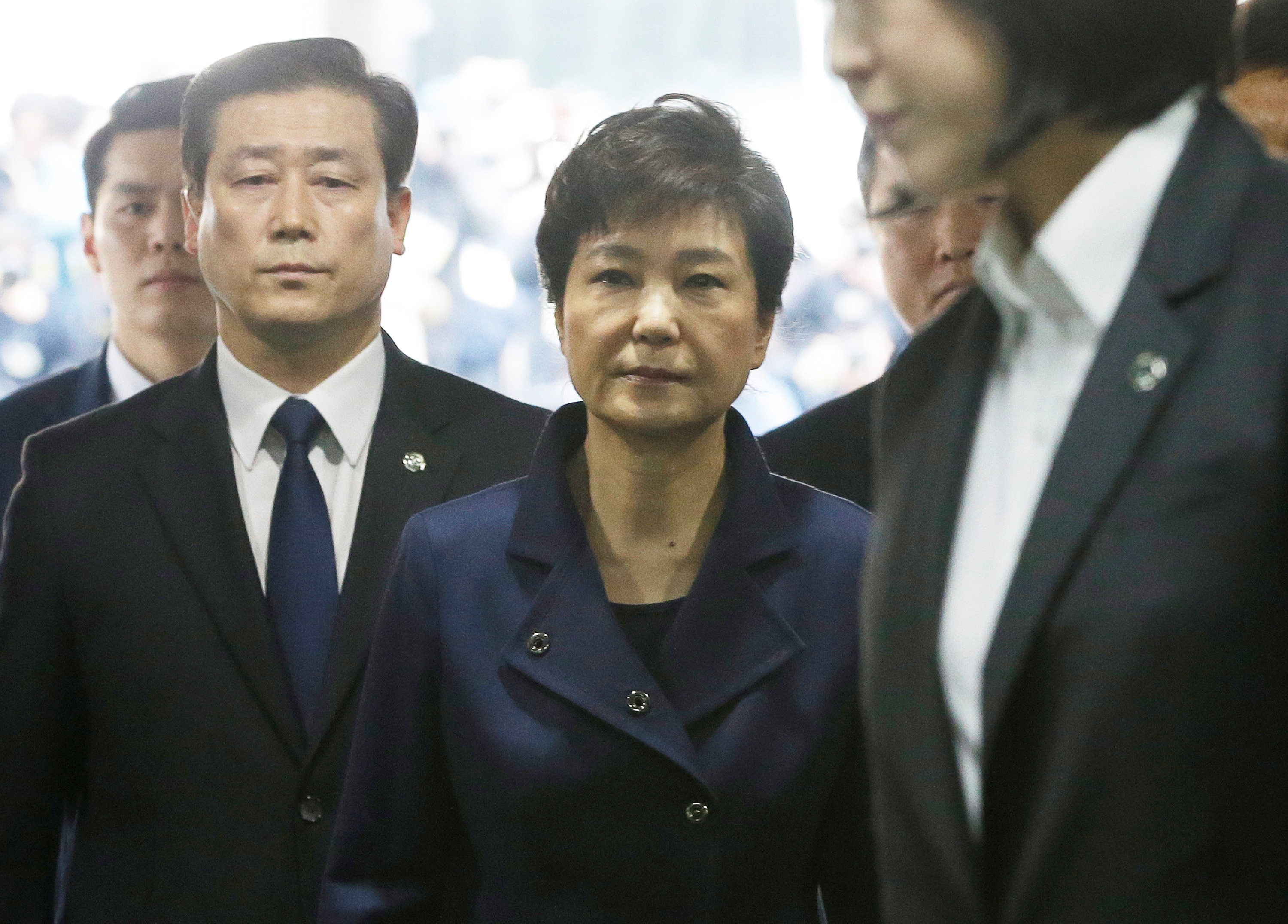 Ousted South Korean President Park Geun-hye arrives for questioning on her arrest warrant at the Seoul Central District Court in Seoul, South Korea on March 30, 2017. (REUTERS/Ahn Young-Joon/Pool)