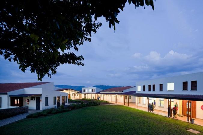 butaro-hospital-mass-1258
