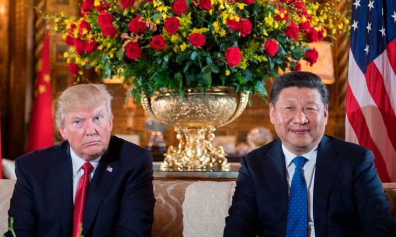 US President Donald Trump (L) sits with Chinese President Xi Jinping (R) during a bilateral meeting at the Mar-a-Lago estate in West Palm Beach, Fla,. on April 6, 2017. ( JIM WATSON/AFP/Getty Images)