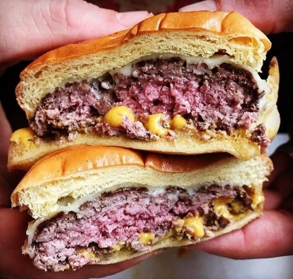Burger Supreme griddled-steamed burger. (Courtesy of Burger Supreme)