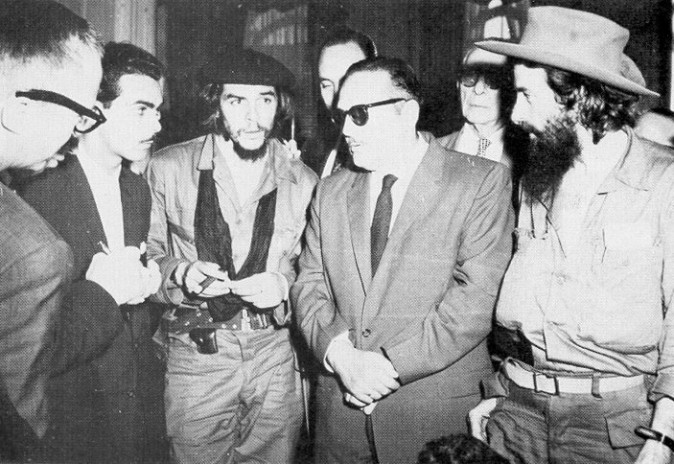 Cuban President Manuel Urrutia with rebel leaders Che Guevara and Camilo Cienfuegos, in 1959 (Public Domain)